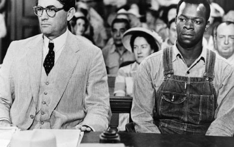 Actors Gregory Peck as Atticus Finch and Brock Peters as Tom Robinson in the film 'To Kill a Mockingbird', 1962.  (Photo by Silver Screen Collection/Getty Images)